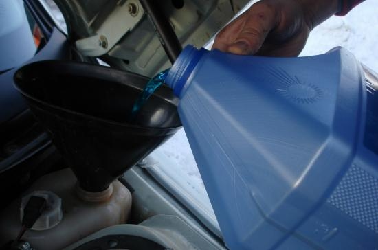 Можно ли тосол заливать с антифризом?
