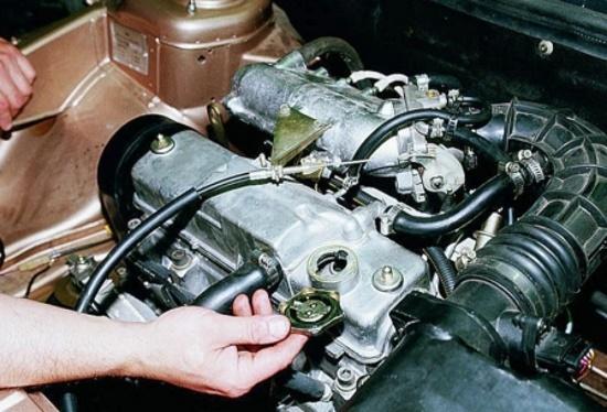 Объем масла в двигателе 2110